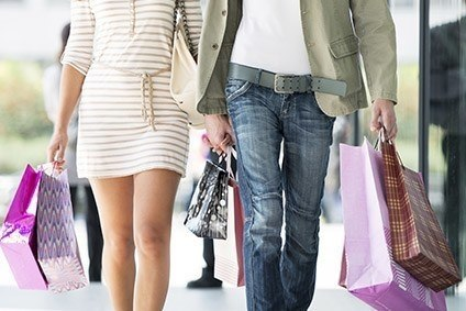Warmer weather across the UK in October hampered fashion sales