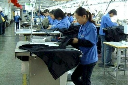 Fast Retailing vows to improve factory conditions