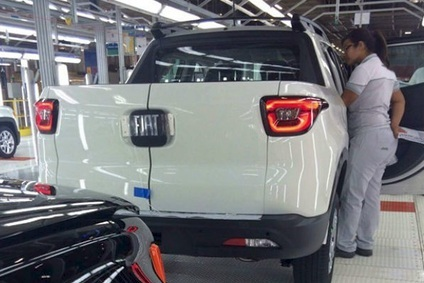 BRAZIL: Fiat releases official Toro pick-up photo ...