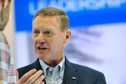 Alan Mulally to Mark Fields: Dont you go changin