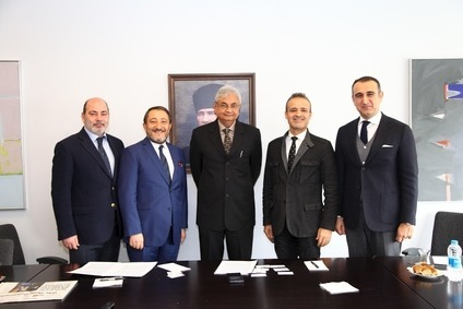 From left to right: Cem Altan, Istanbul Textile and Apparel Exporters Association (IHKIB); Hikmet Tanriverdi, IHKIB; Rahul Mehta, IAF; Seref Fayat,  TGSD; Murat Aydin, TGSD