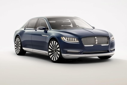 Uk Us Spat Breaks Out Between Ford And Bentley Over Lincoln Design