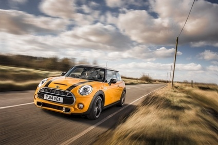 Is it really necessary to force BMW to recall Minis just to replace an incorrect tyre warning label?