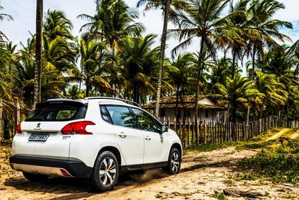 Peugeot 2008 is one of three small crossovers to arrive in Brazil in one month
