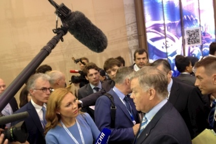 Russian Railways president, Vladimir Yakunin (c), quoted Henry Ford at SPIEF 2014