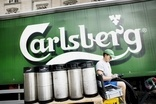 Analysis - No shopping trips for Carlsberg in 2015