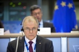 EU: No compromise on food standards for TTIP, EU commissioner-elect says