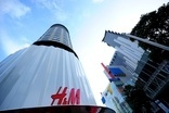 H&M shares climb on March sales growth