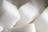 Sugar consumption should be halved, UK panel urges