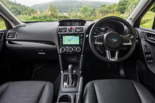 No Apple CarPlay compatibility in this interior which dates to 2012