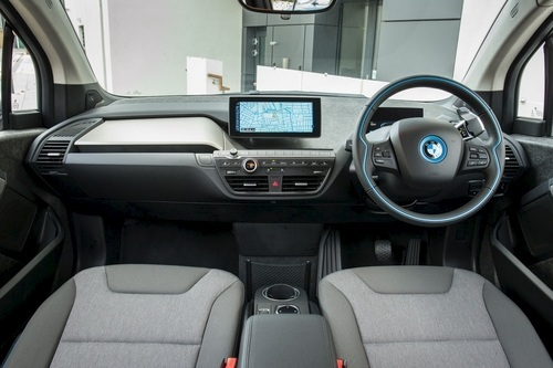 It's 3,999mm long, so the i3 isn't exactly small, but the 2,570mm wheelbase shames some C segment models, as does the roominess of the interior