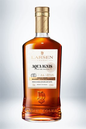 Aqua Ignis is a new expression from Maison Larsen