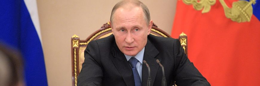 Putin extends ban on western food imports
